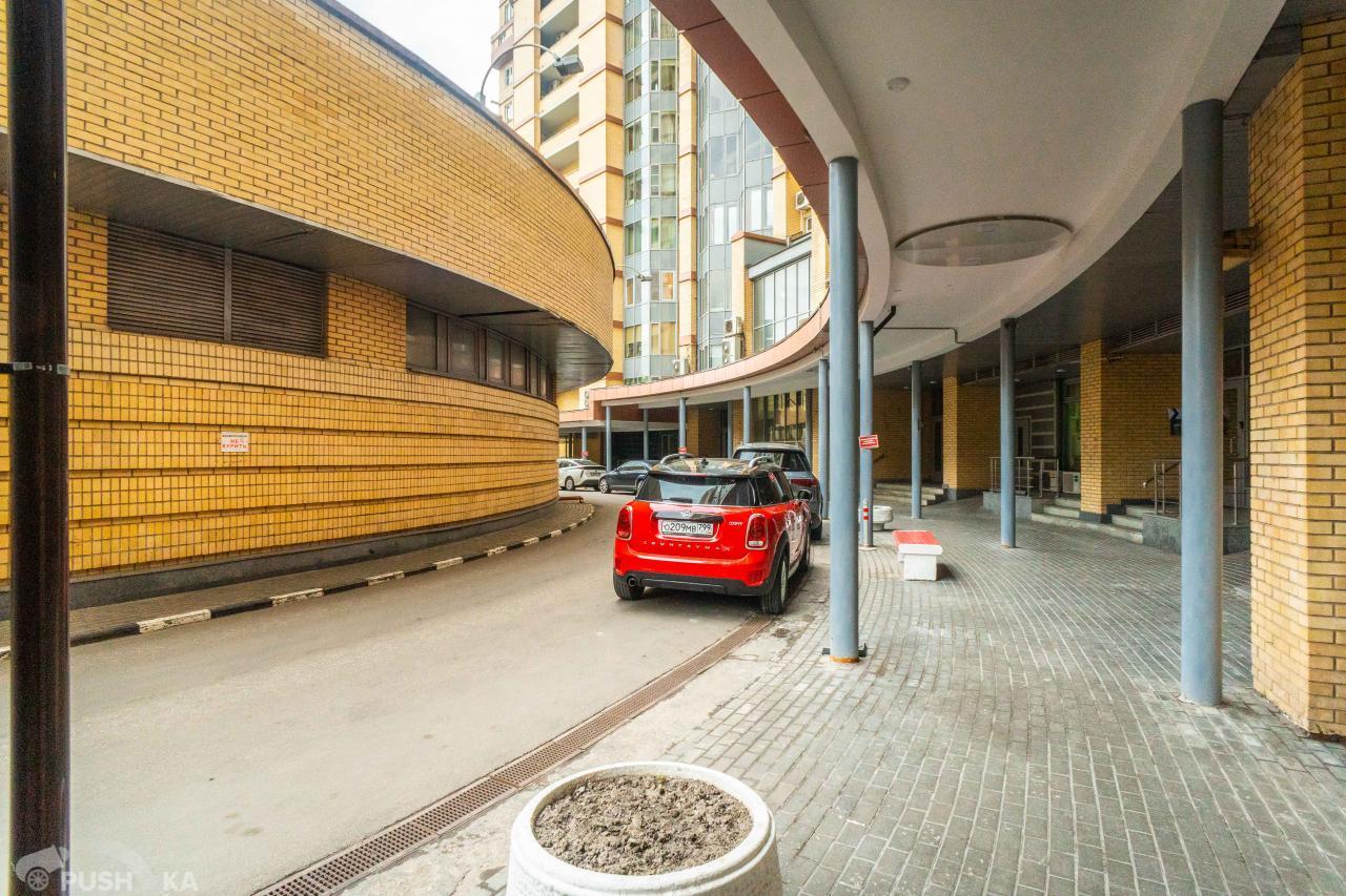 Продаётся 5-комнатная квартира 297.0 кв.м. этаж 15/31 за 73 900 000 руб