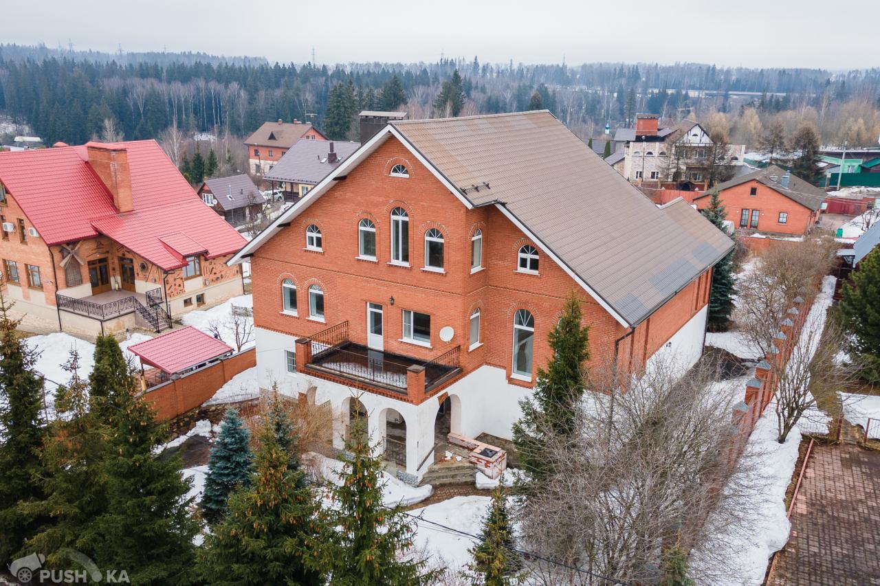 Продаётся  коттедж 600.0 кв.м.  за 19 000 000 руб