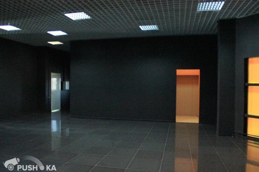 Сдаётся  офис 2400.0 кв.м.  за 890 руб