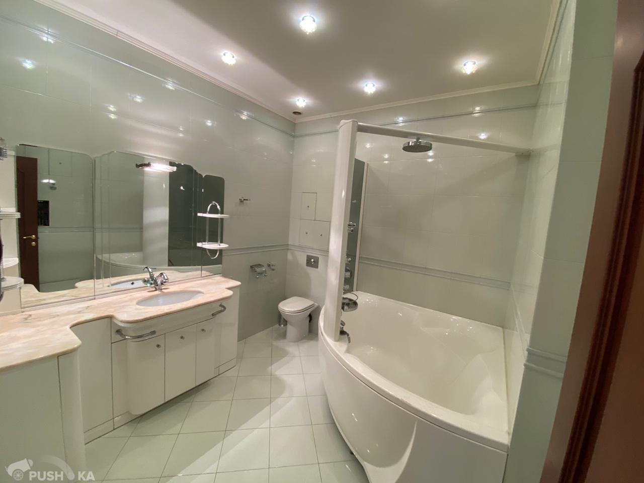 Продаётся 4-комнатная квартира 196.0 кв.м. этаж 2/22 за 69 900 000 руб