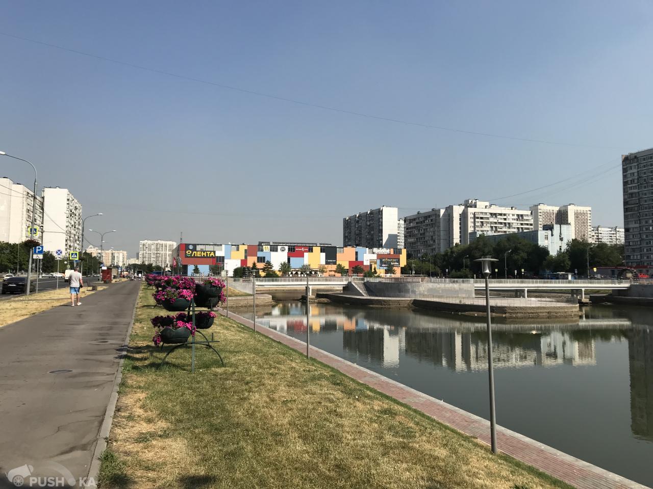 Сдаётся  торговая площадь 22.2 кв.м.  за 60 000 руб