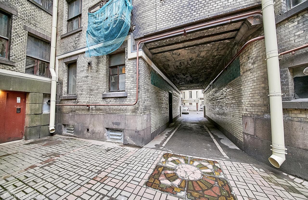 Продаётся 4-комнатная квартира 103.9 кв.м. этаж 1/6 за 8 000 000 руб