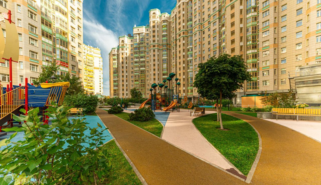 Продаётся 4-комнатная квартира 174.0 кв.м. этаж 9/15 за 90 900 000 руб