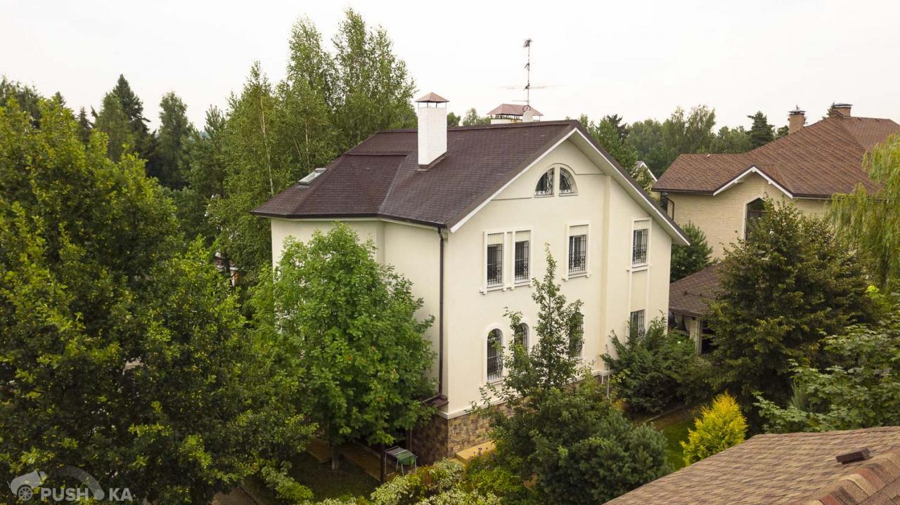 Продаётся  коттедж 307.7 кв.м.  за 18 000 000 руб