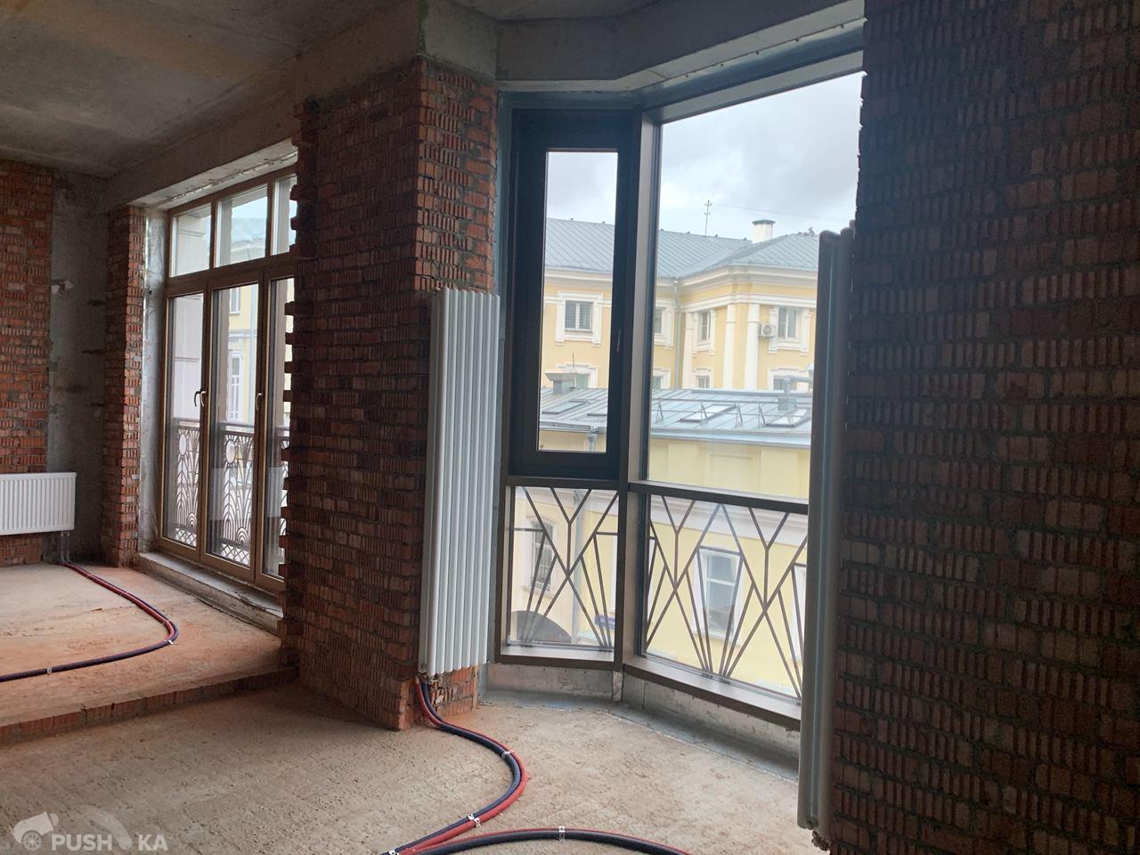 Продаётся  квартира со свободной планировкой 150.0 кв.м. этаж 2/6 за 148 000 000 руб