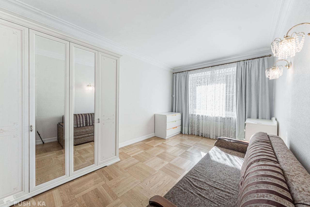 Сдаётся 4-комнатная квартира 186.0 кв.м. этаж 7/31 за 250 000 руб