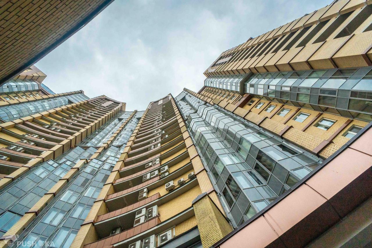 Продаётся 5-комнатная квартира 297.0 кв.м. этаж 15/31 за 78 800 000 руб