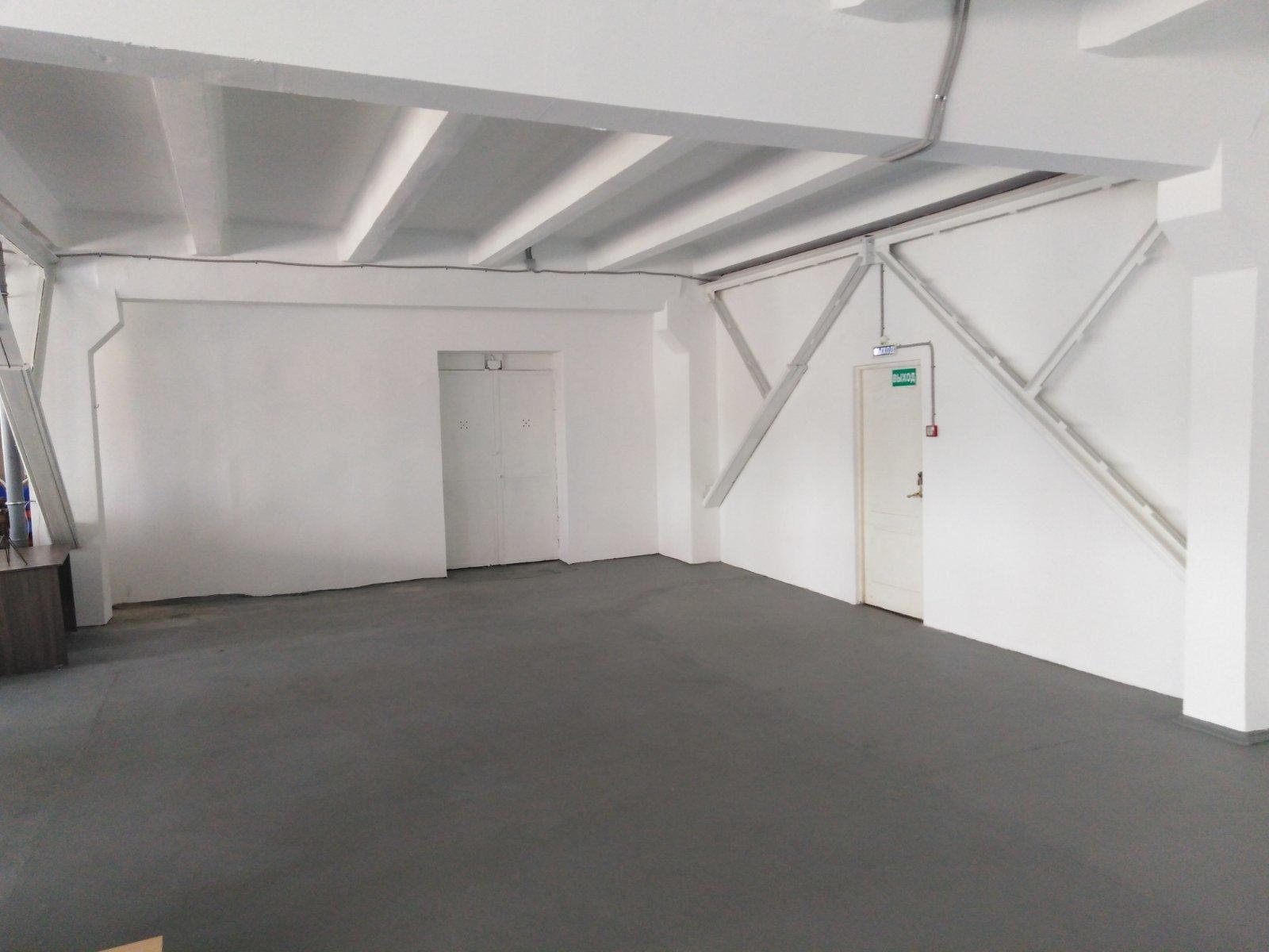 Сдаётся 3-комнатная ПСН 300.0 кв.м. этаж 4/4 за 105 000 руб