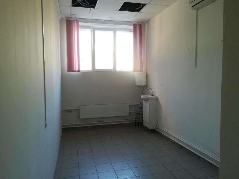 Сдаётся 1-комнатная офис 32.0 кв.м. этаж 2/2 за 21 000 руб