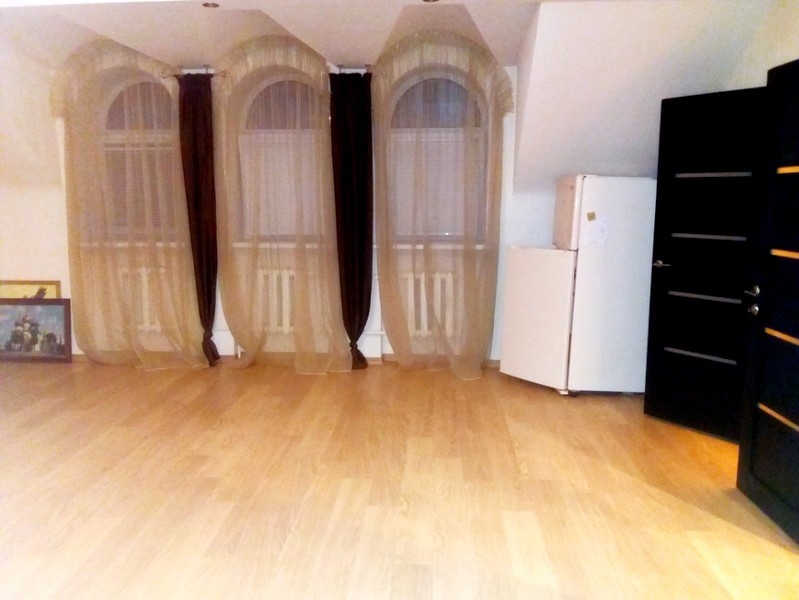 Продаётся 3-комнатная квартира 124.0 кв.м. этаж 3/3 за 7 900 000 руб