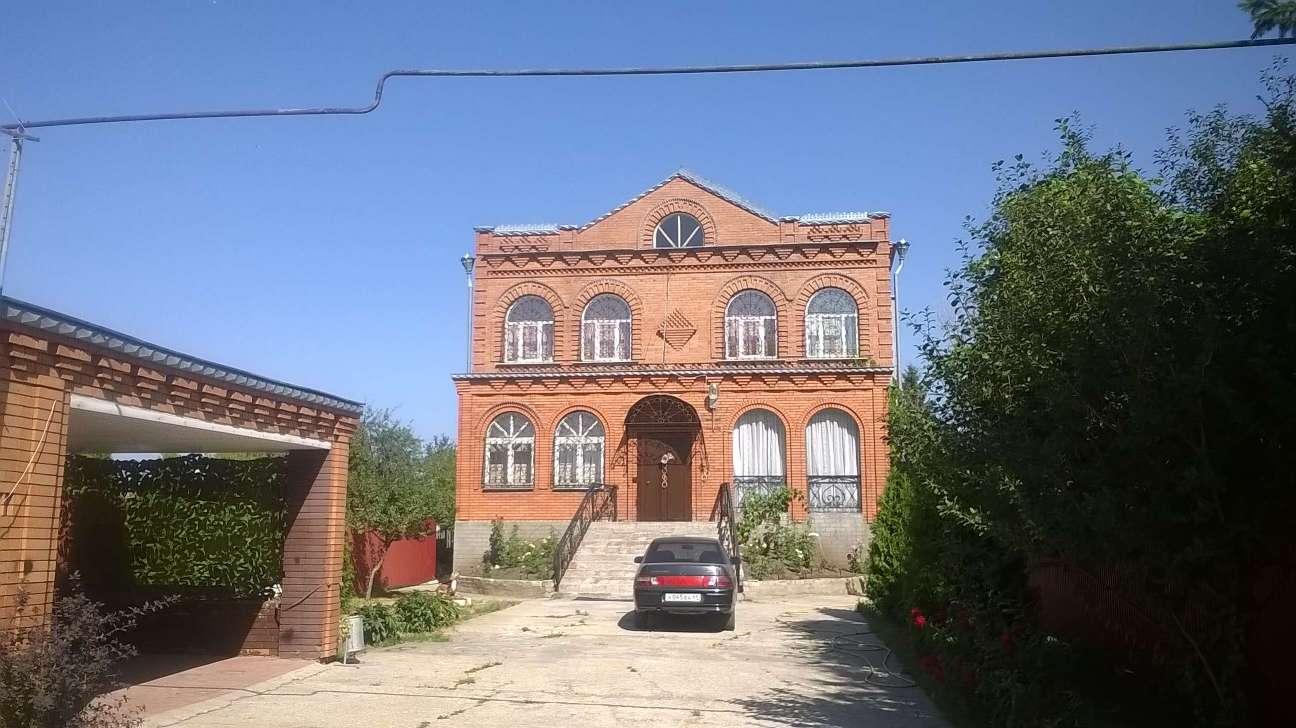 Продаётся  коттедж 420.0 кв.м.  за 13 000 000 руб