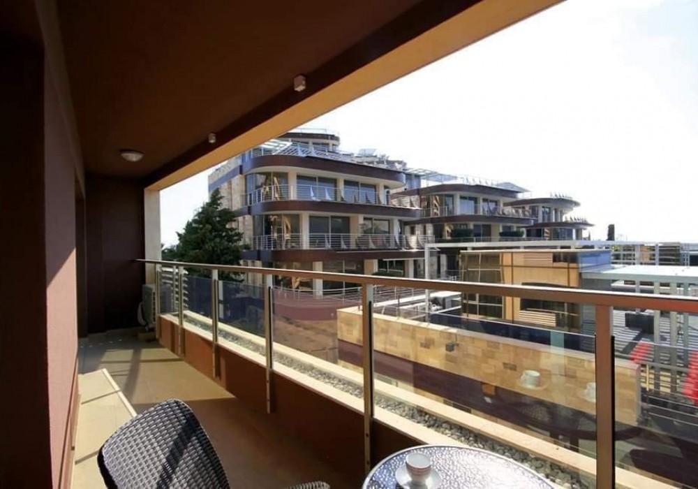 Продаётся  квартира 51.0 кв.м.  за 210 000 EUR