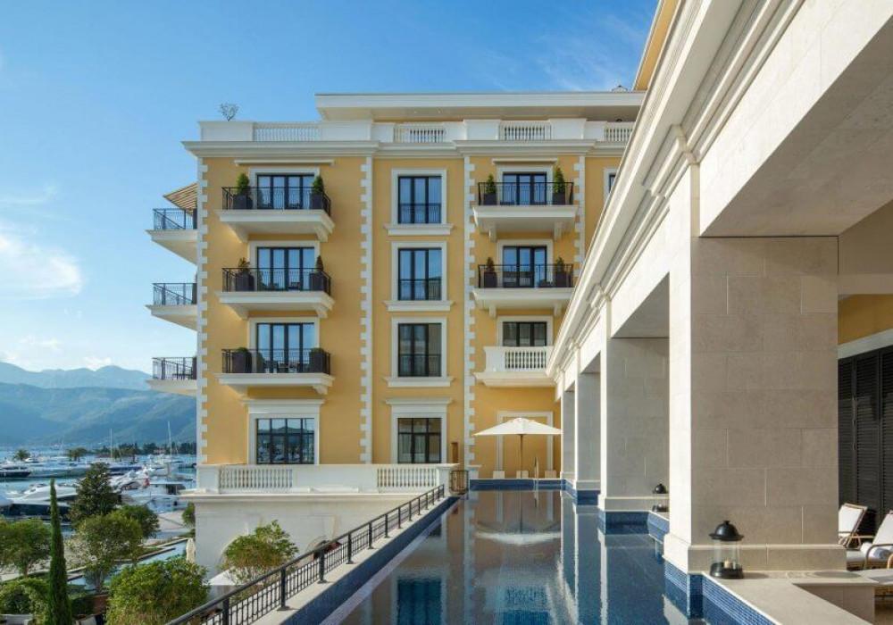 Продаётся 2-комнатная квартира 224.0 кв.м.  за 1 690 000 EUR