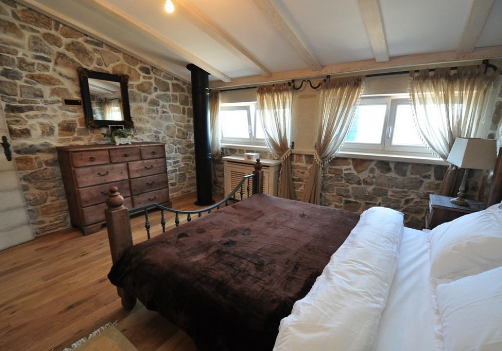 Продаётся 3-комнатная  105.0 кв.м.  за 954 000 EUR