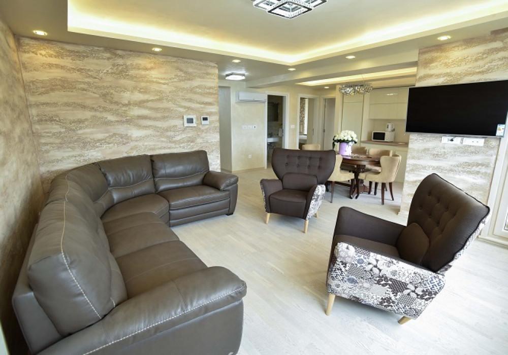 Продаётся 2-комнатная квартира 83.0 кв.м.  за 332 000 EUR