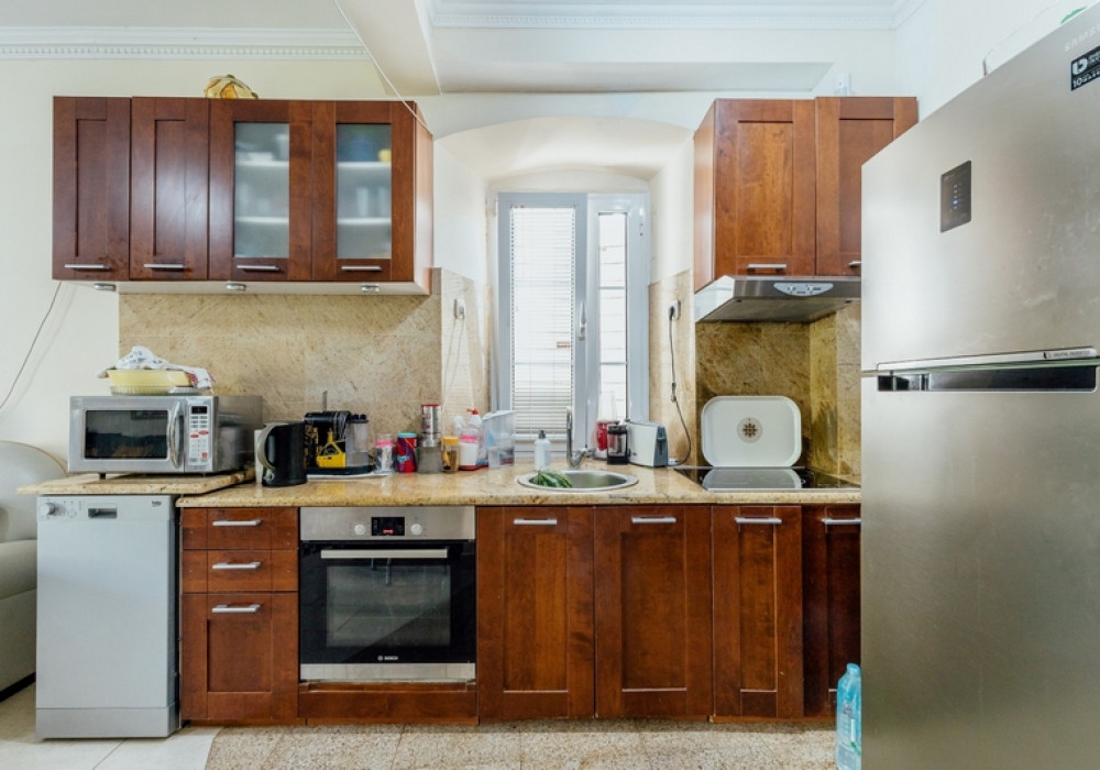 Продаётся 3-комнатная  268.0 кв.м.  за 900 000 EUR