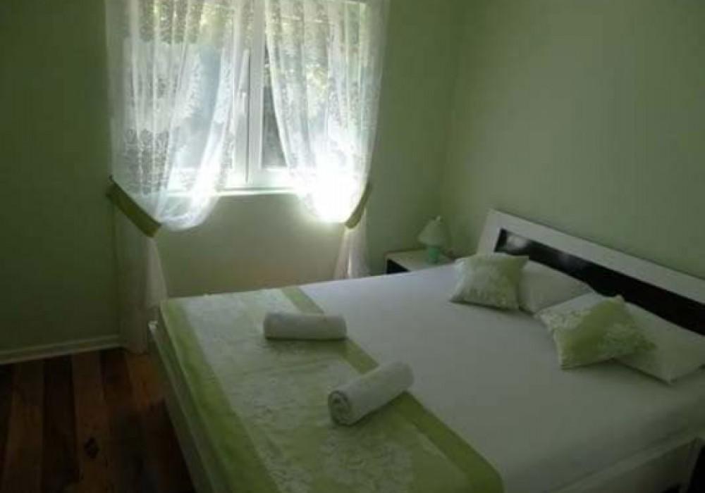 Сдаётся 3-комнатная квартира 120.0 кв.м.  за 900 EUR