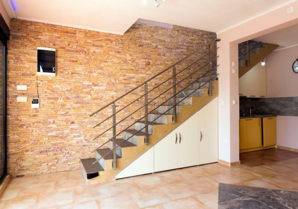 Продаётся 2-комнатная  190.0 кв.м.  за 700 000 EUR