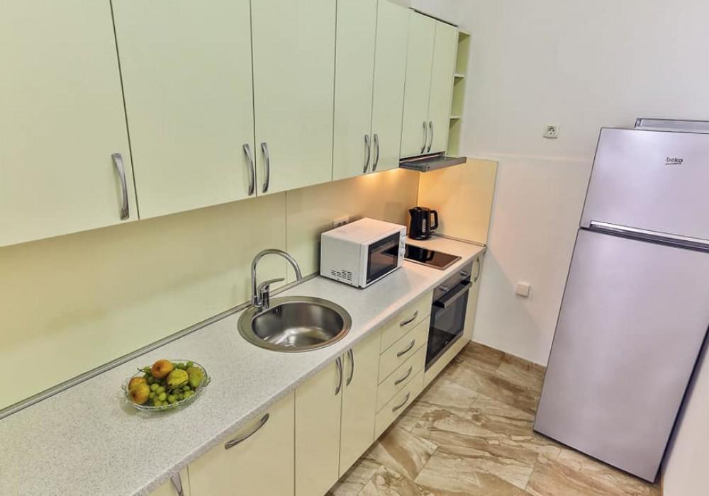 Сдаётся 2-комнатная квартира 77.0 кв.м.  за 550 EUR