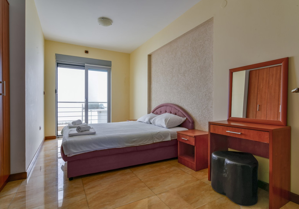 Продаётся 2-комнатная квартира 95.0 кв.м.  за 213 750 EUR