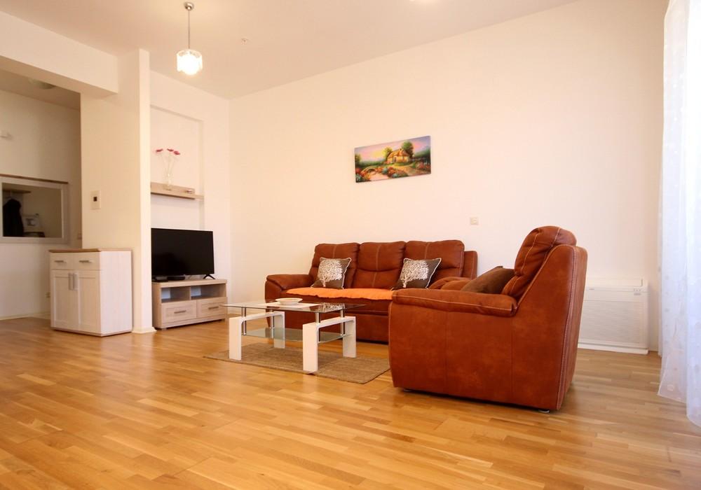 Сдаётся 2-комнатная квартира 79.0 кв.м.  за 40 EUR