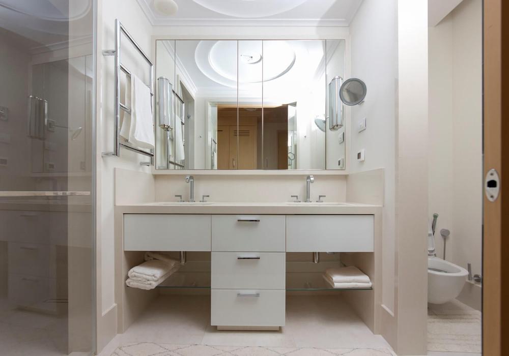 Продаётся 2-комнатная квартира 132.0 кв.м.  за 660 000 EUR
