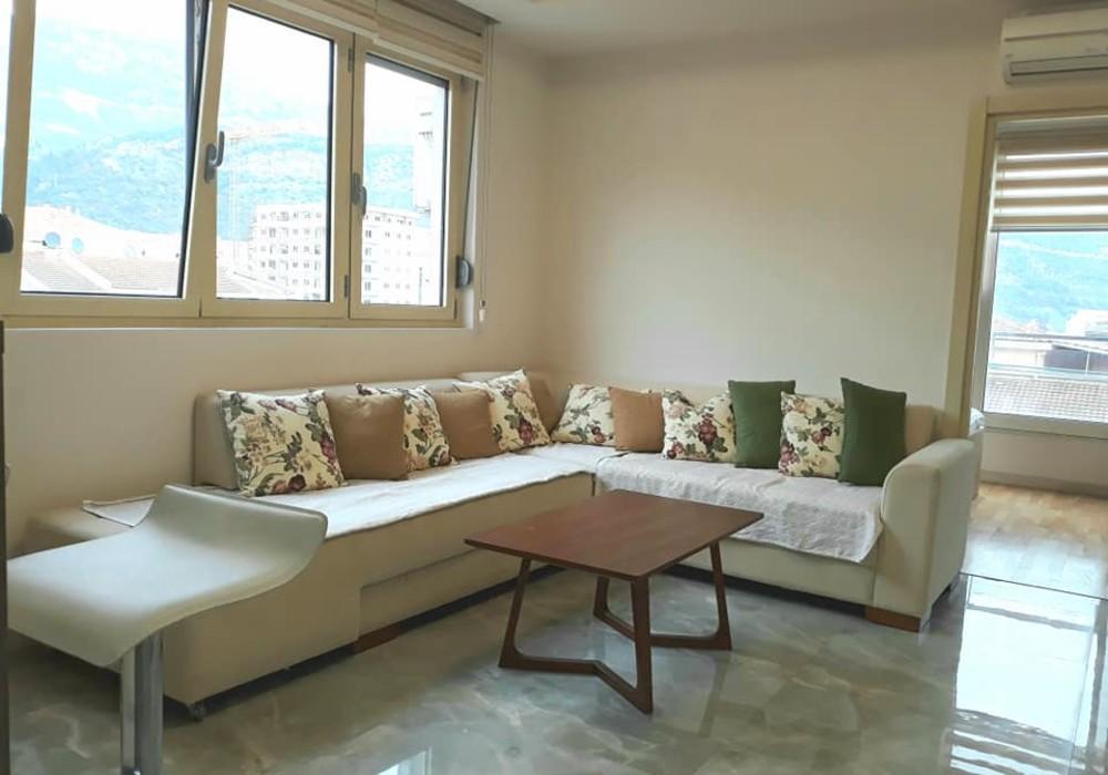 Продаётся  квартира 42.0 кв.м.  за 79 800 EUR