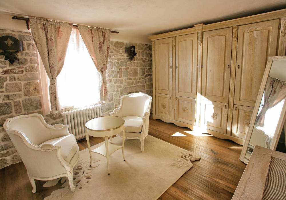 Продаётся 5-комнатная  494.0 кв.м.  за 890 000 EUR