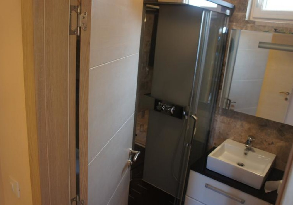 Продаётся 3-комнатная квартира 130.0 кв.м.  за 400 000 EUR