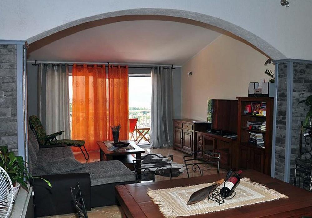 Продаётся 6-комнатная  320.0 кв.м.  за 299 000 EUR