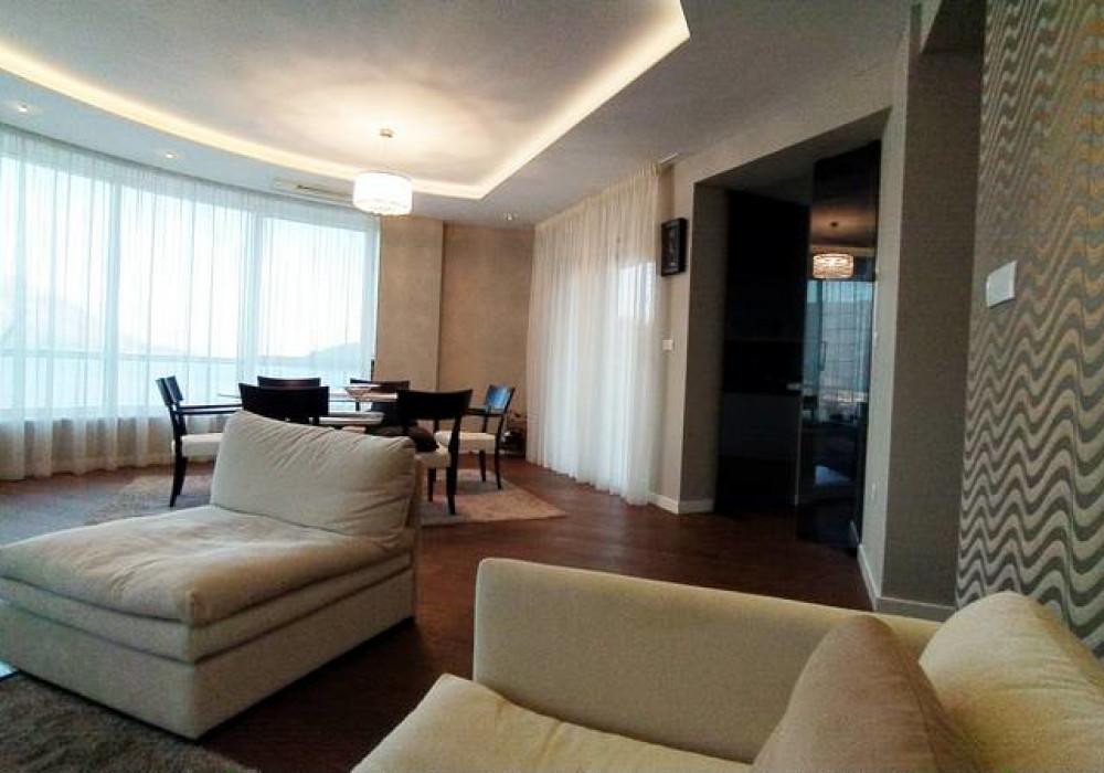 Продаётся 2-комнатная квартира 122.0 кв.м.  за 360 000 EUR