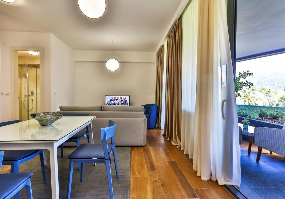 Сдаётся 2-комнатная квартира 100.0 кв.м.  за 650 EUR