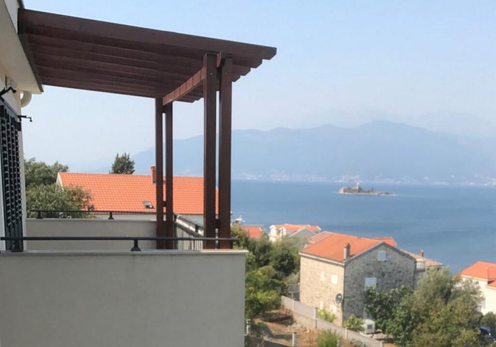 Продаётся 2-комнатная квартира 70.0 кв.м.  за 210 000 EUR