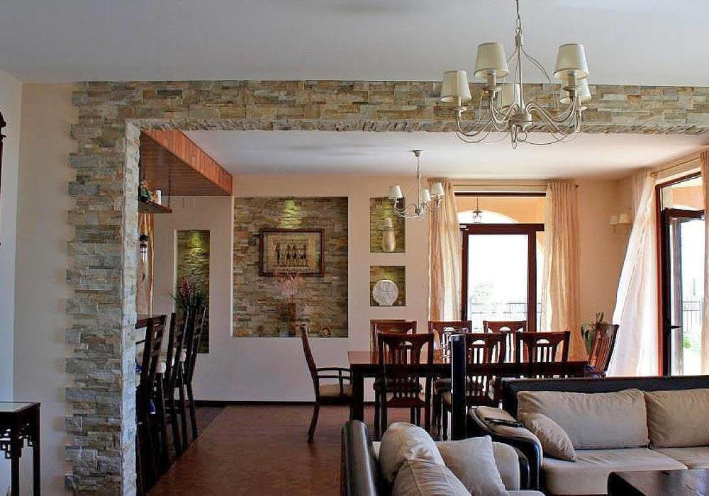 Продаётся 3-комнатная  326.0 кв.м.  за 480 000 EUR