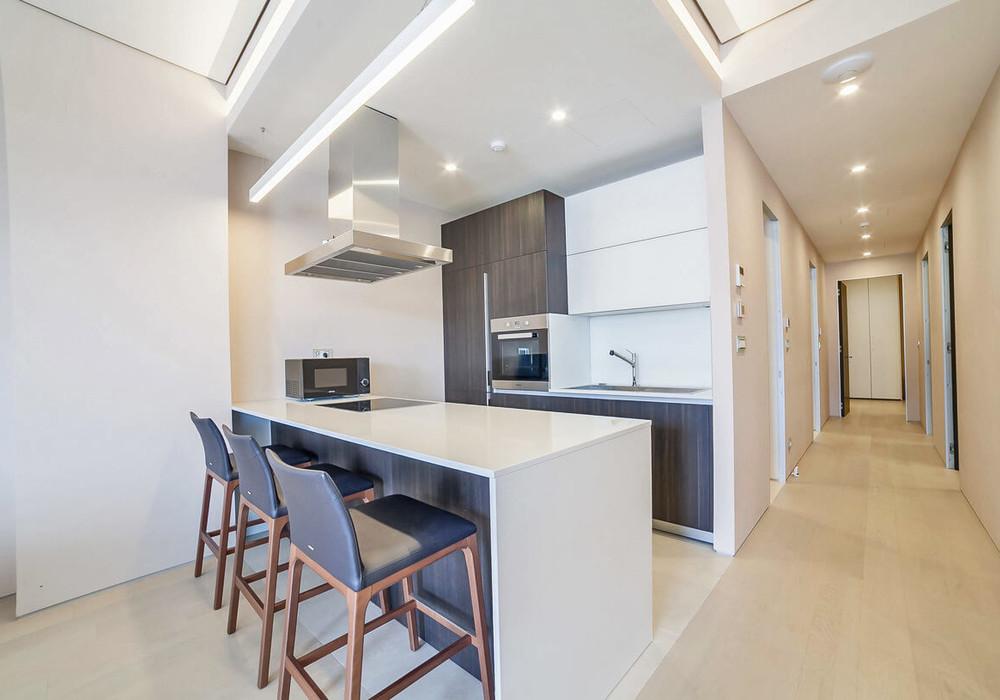 Продаётся 3-комнатная квартира 162.0 кв.м.  за 882 900 EUR