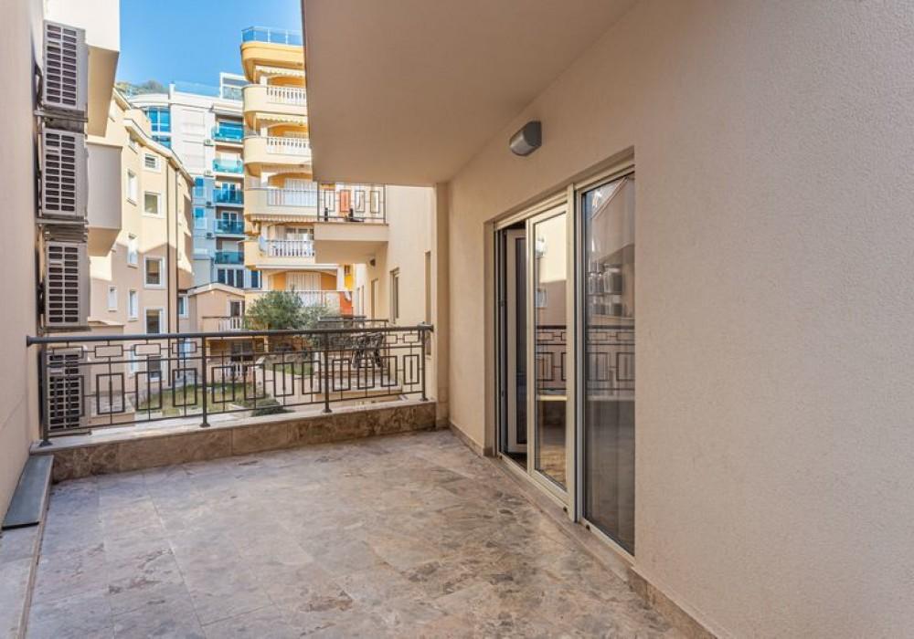 Продаётся 2-комнатная квартира 87.0 кв.м.  за 243 600 EUR