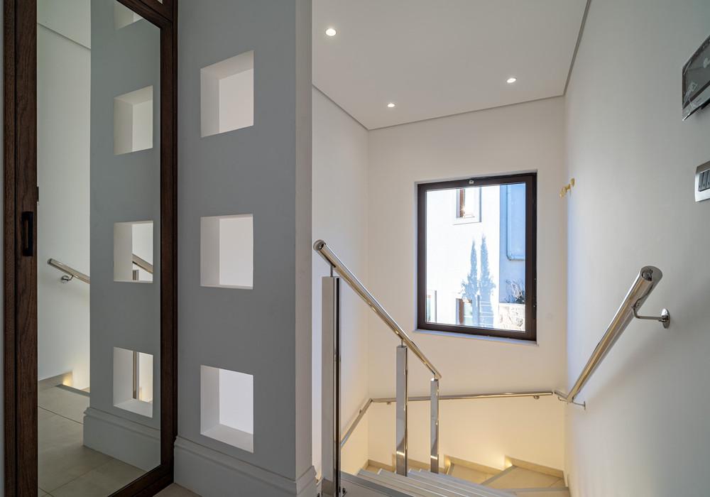 Продаётся 2-комнатная  185.0 кв.м.  за 449 000 EUR