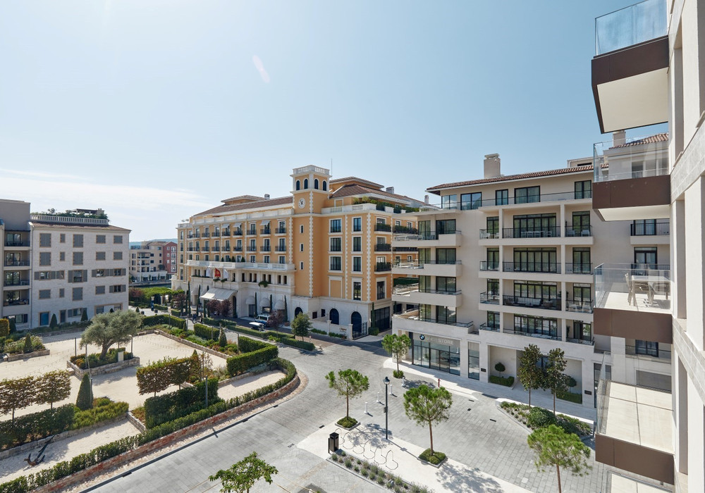 Продаётся 2-комнатная квартира 81.0 кв.м.  за 592 500 EUR
