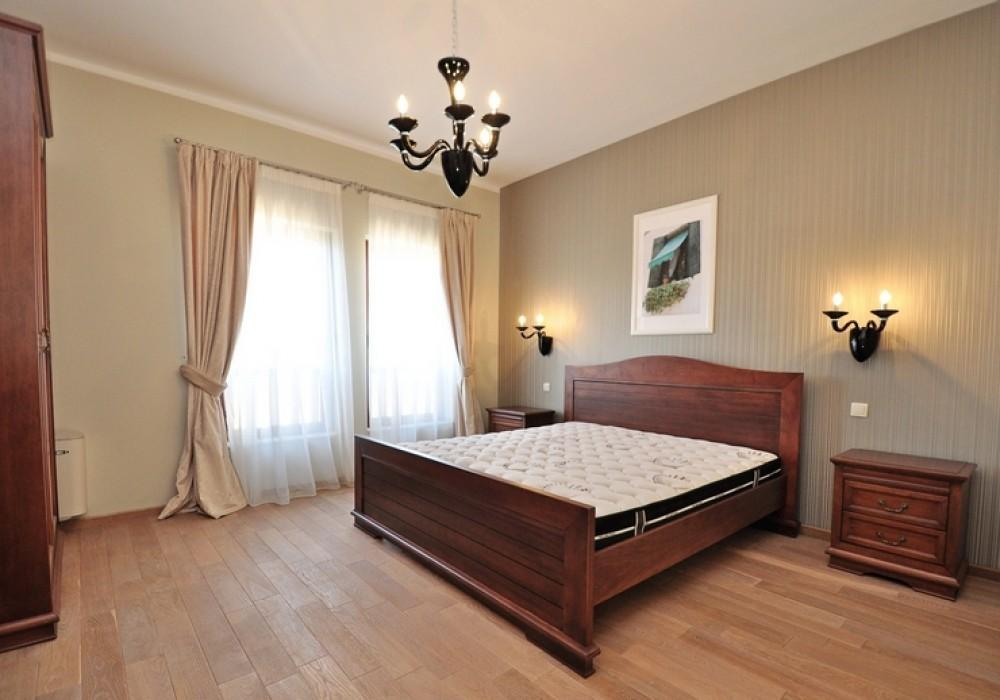 Продаётся   403.0 кв.м.  за 1 200 000 EUR