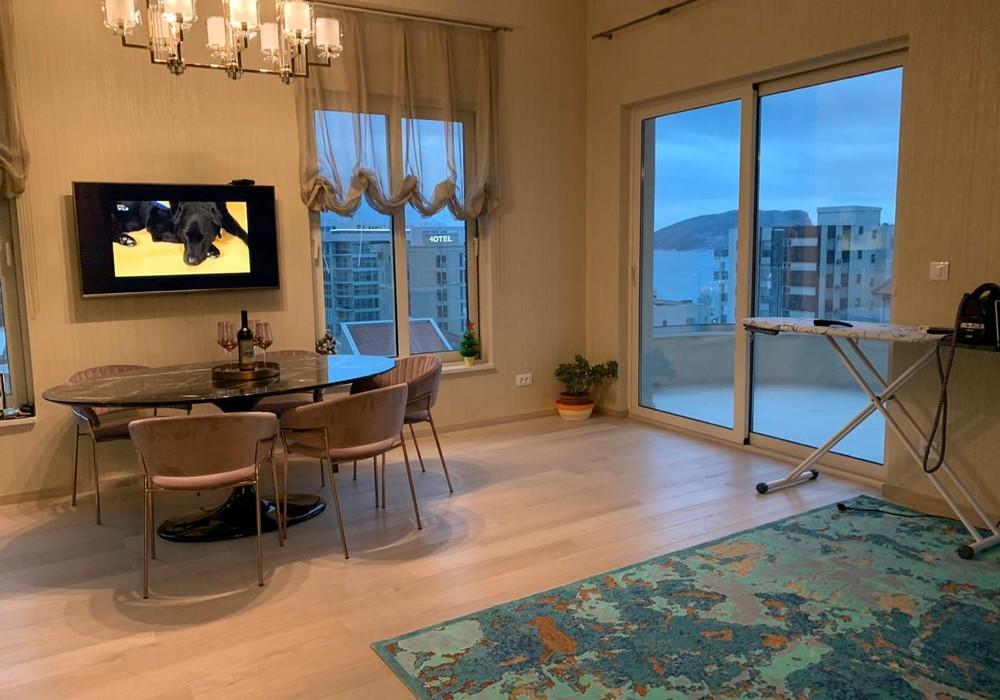 Продаётся 2-комнатная квартира 71.0 кв.м.  за 270 000 EUR