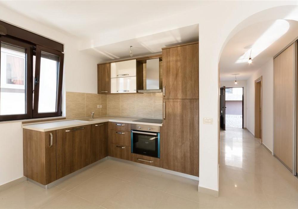 Продаётся 2-комнатная квартира 79.0 кв.м.  за 225 000 EUR