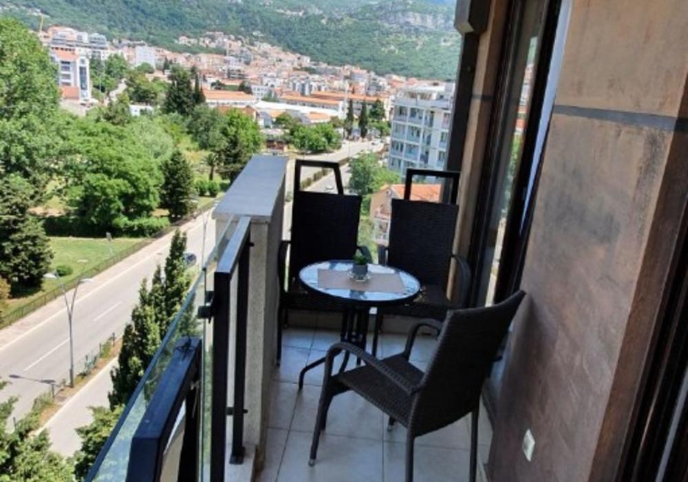 Продаётся 2-комнатная квартира 52.0 кв.м.  за 115 000 EUR
