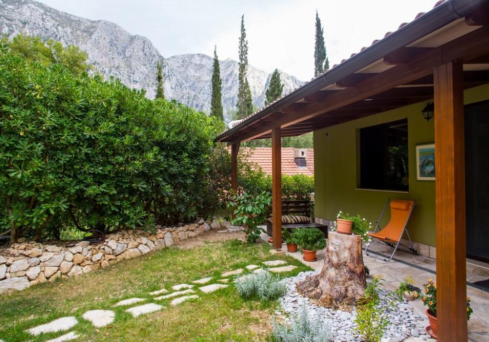 Продаётся 3-комнатная  110.0 кв.м.  за 295 000 EUR