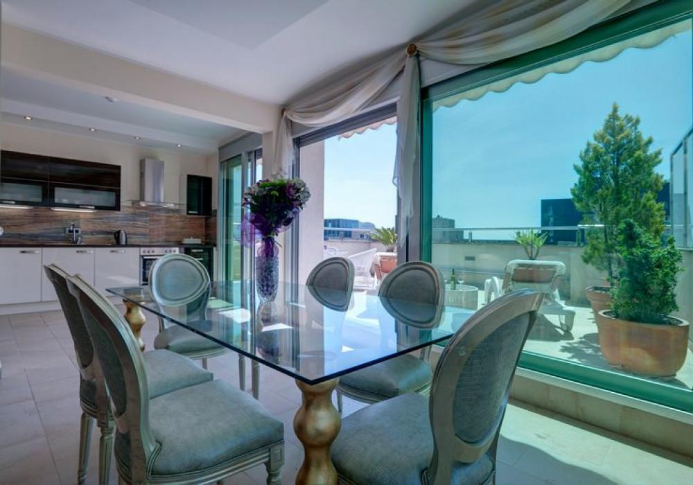 Продаётся  квартира 112.0 кв.м.  за 414 400 EUR