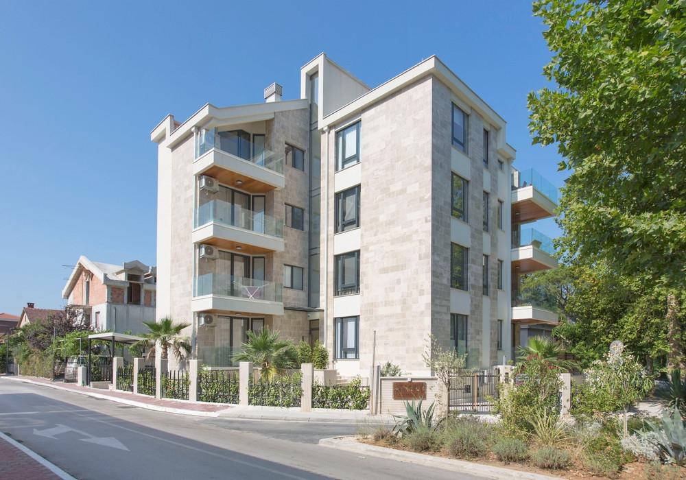 Продаётся 2-комнатная квартира 80.0 кв.м.  за 360 000 EUR