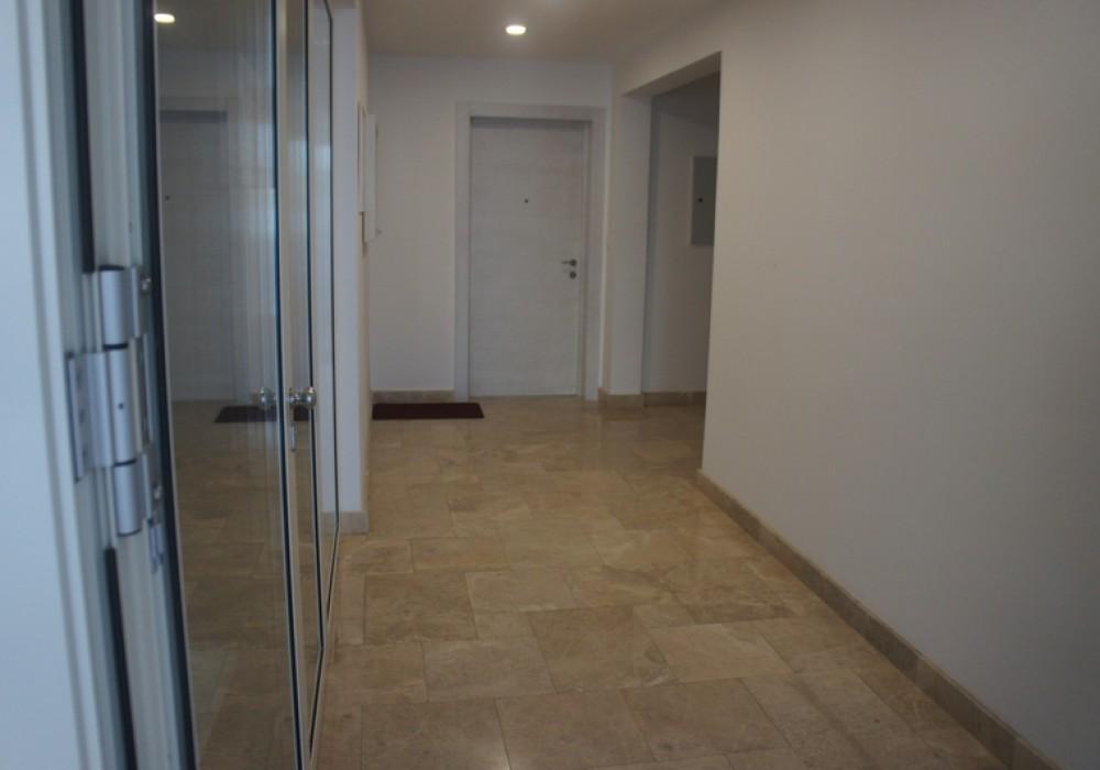 Продаётся 2-комнатная квартира 165.0 кв.м.  за 380 000 EUR