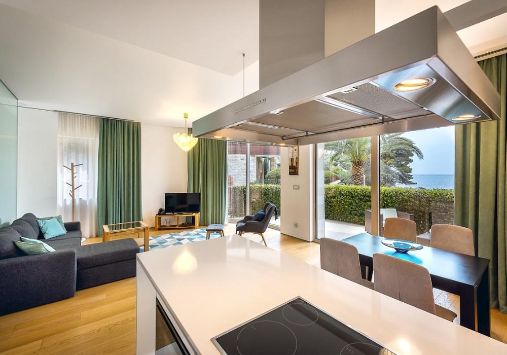 Продаётся  квартира 94.0 кв.м.  за 790 000 EUR