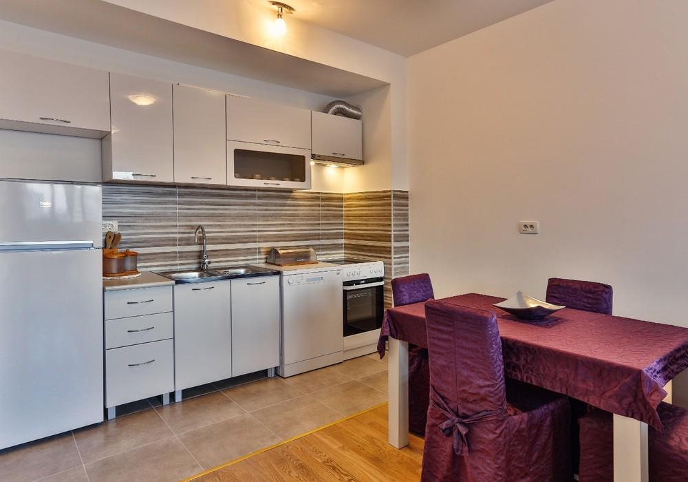 Сдаётся 2-комнатная квартира 70.0 кв.м.  за 65 EUR