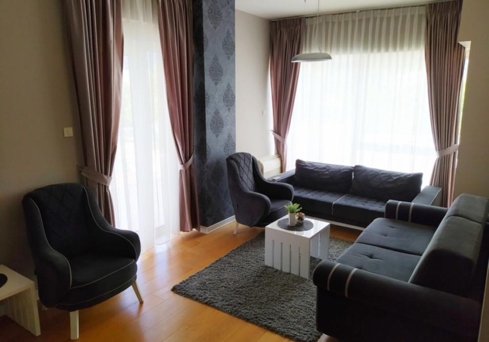 Сдаётся 3-комнатная квартира 89.0 кв.м.  за 1 300 EUR