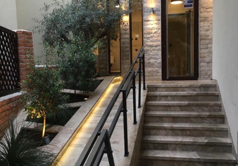 Продаётся 2-комнатная квартира 44.0 кв.м.  за 95 000 EUR